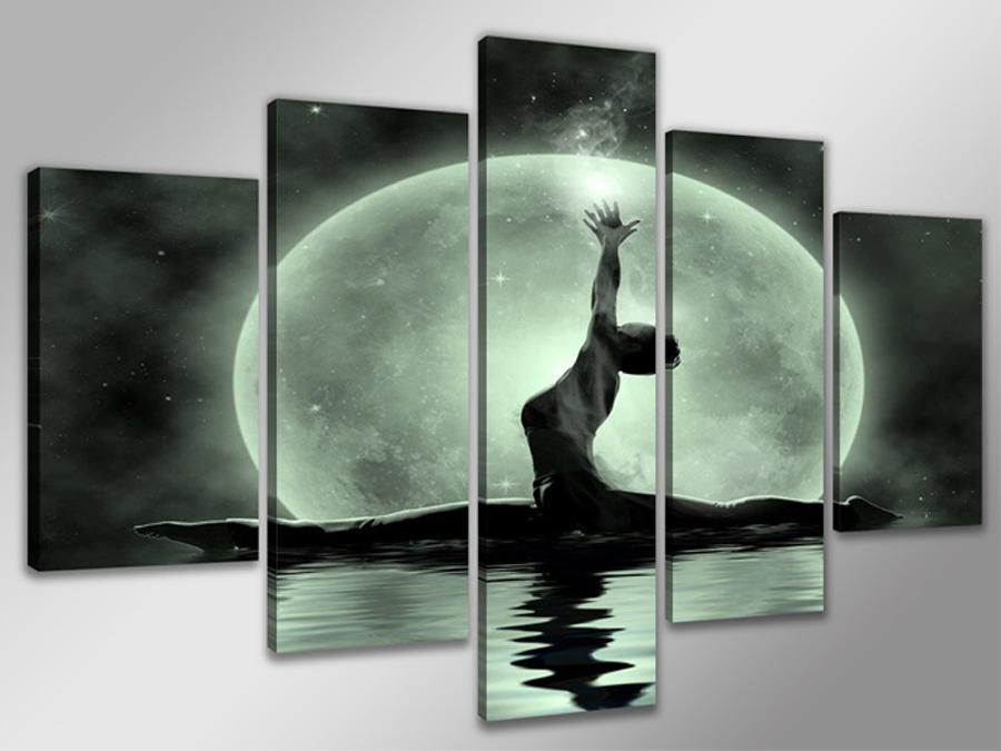 Viieosaline seinapilt Naine ja kuu